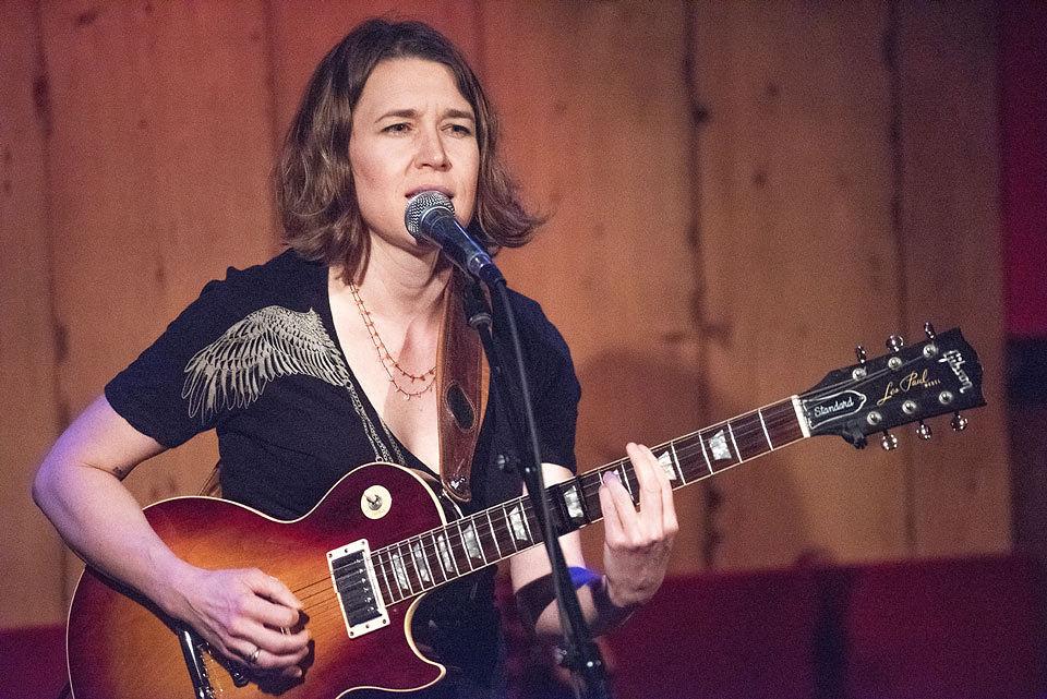 Kate Schutt live performance.
